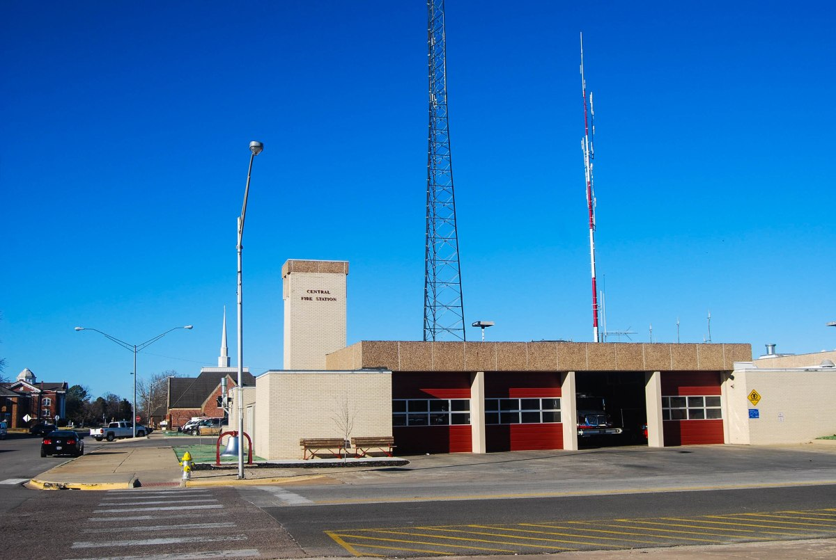 City commission authorizes new ladder truck