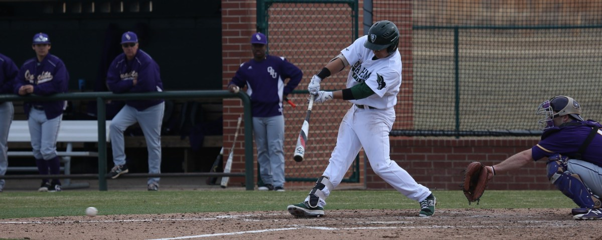 Baseball team takes two of three from Henderson State