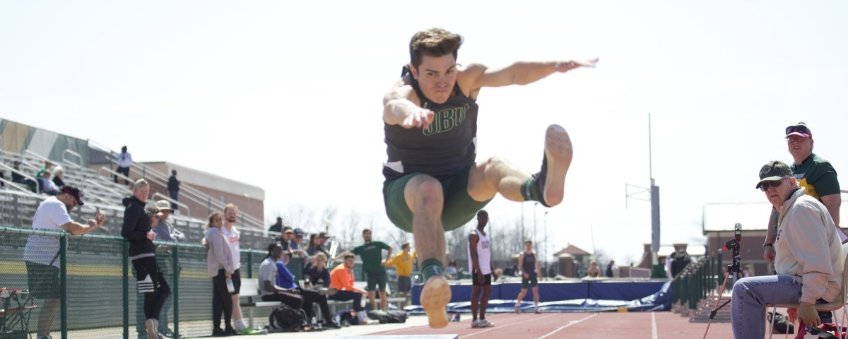 Bison and Lady Bison track excel at Wichita State andFayetteville