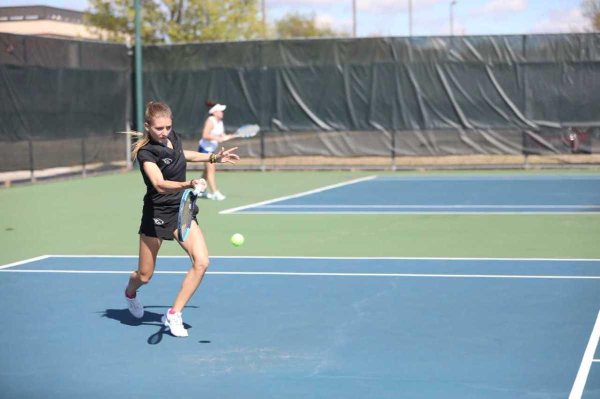 Tennis earns wins against UAFS and A&MTexarkana